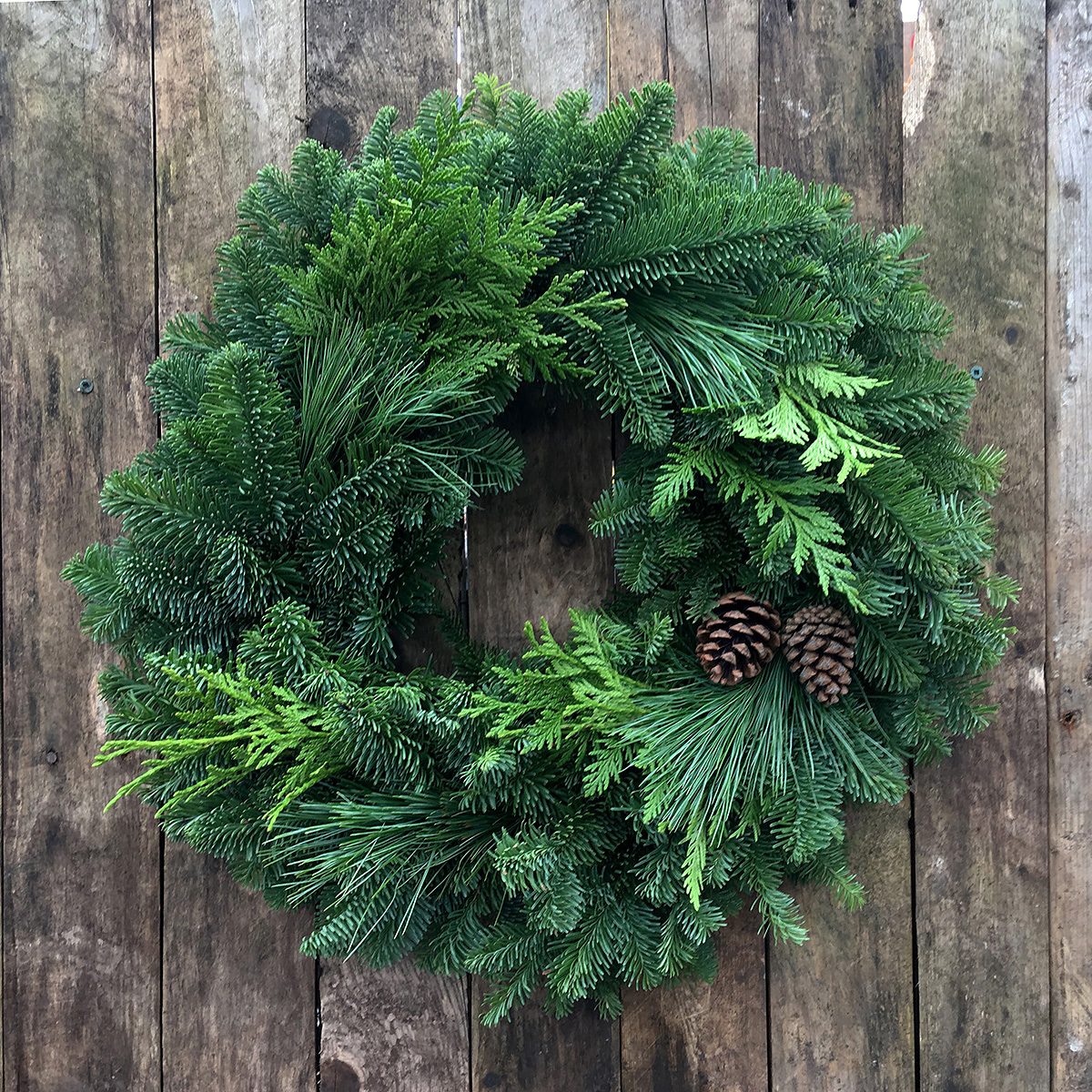 Christmas Wreath - Mixed 12in