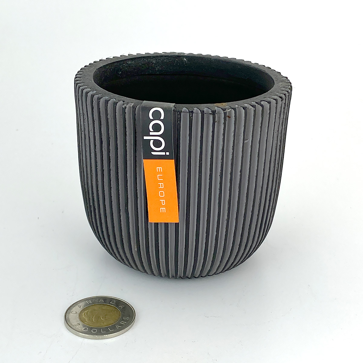 Capi_Groove_Black_Planter_Ball_Pot_10x9.jpg
