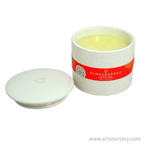 Thymes_Gingerbread_Aromatic_Candle_450g.jpg
